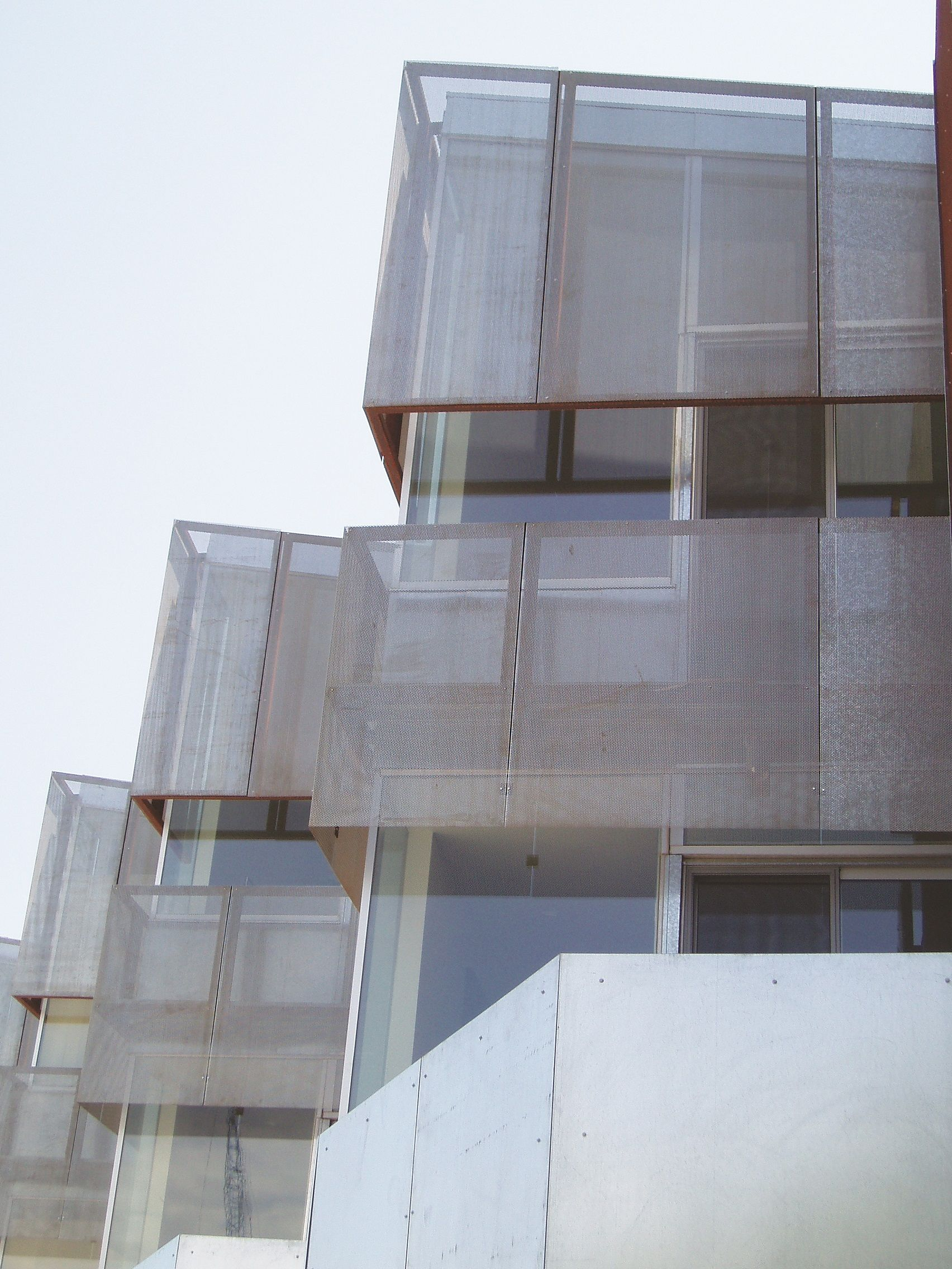 McNICHOLS® Perforated Metal used as sunshades for townhomes in Scottsdale, AZ