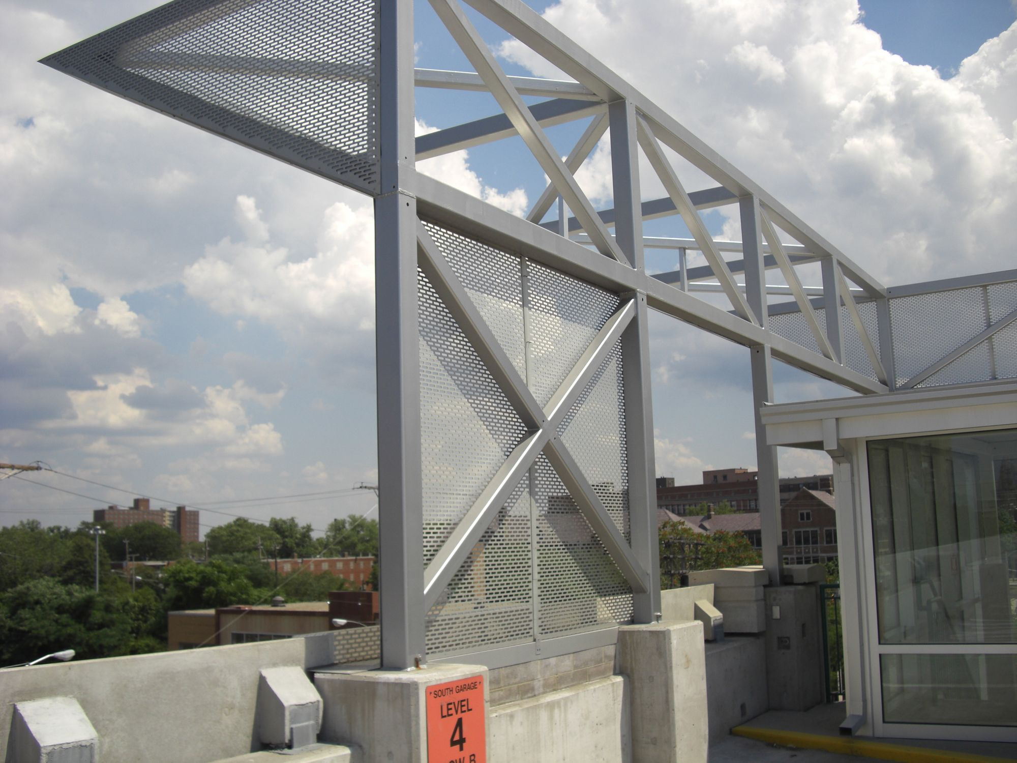 McNICHOLS® Techna 3155 Wire Mesh used at Cleveland State University's parking garage